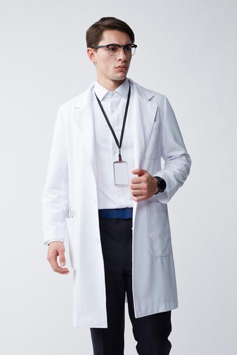 男性醫師服