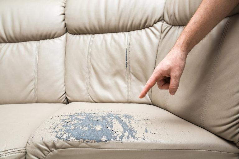 沙發龜裂需要沙發維修